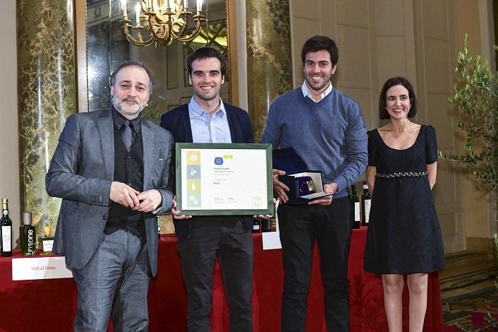 El aceite Bravo recibió una distinción en Italia