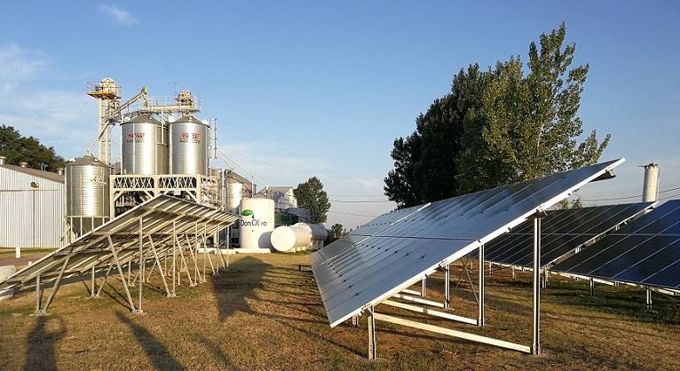 En Chazón, la primera empresa con energías renovables